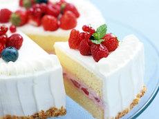 Бисквитный торт с фруктами вкусный и